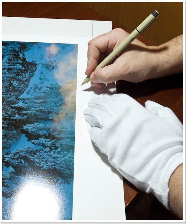 Firmando la foto