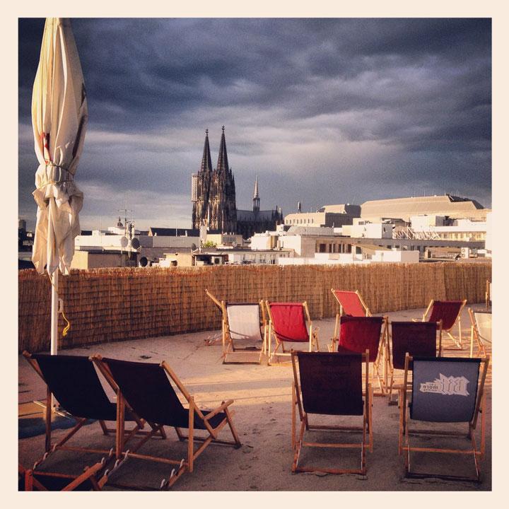 Se pone el sol en Colonia