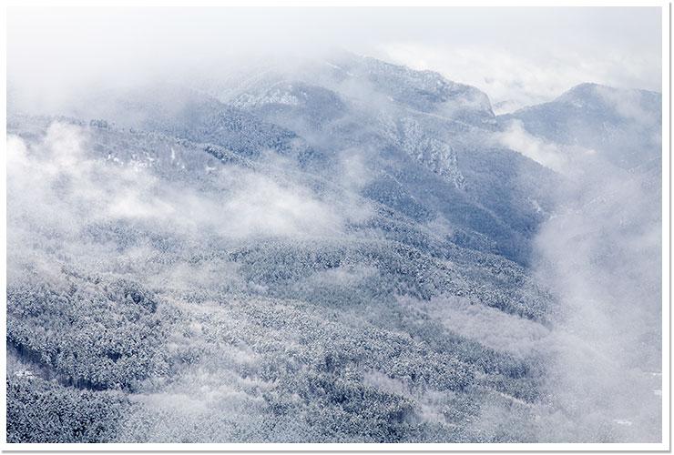 Mañana nevada en Larra Belagua