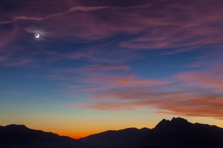 Luna sobre el Pedraforca