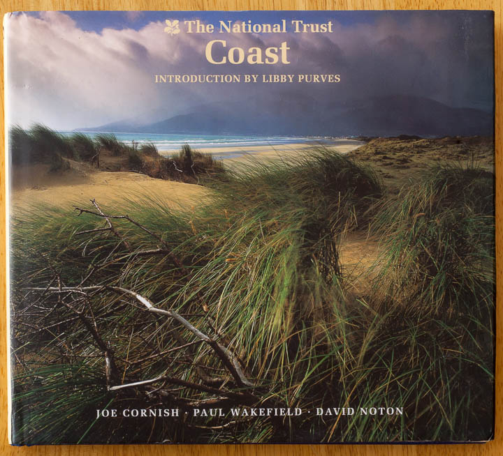 Portada: The National Trust - Coast